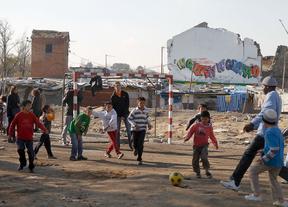 Diez de cada cien niños en riesgo de pobreza se encuentran en la Comunidad