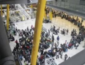 Cancelados en Barajas más de 45 vuelos a Galicia, norte de Italia y Oporto