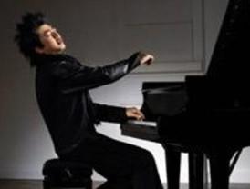El pianista Lang Lang y el guitarrista Tomatito, en el Matadero de Madrid