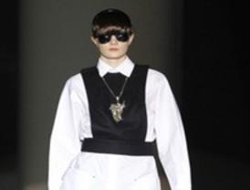 Los jóvenes animan la última jornada de la Mercedes-Benz Fashion Week