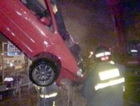 Fallece una joven tras el vuelco de su coche en Manzanares el Real