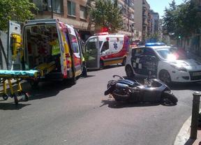 Herido muy grave un hombre tras colisionar un taxi contra su scooter