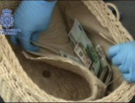 Detenidos dos ladrones que viajaban por España con un bebé para robar sin levantar sospechas
