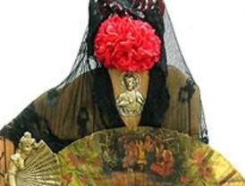 El Mercado Puerta de Toledo acoge una exposición sobre la mujer española del siglo XX