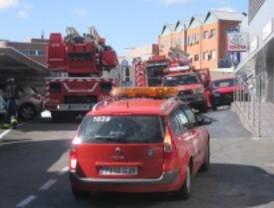 19 intoxicados en un incendio en Carabanchel