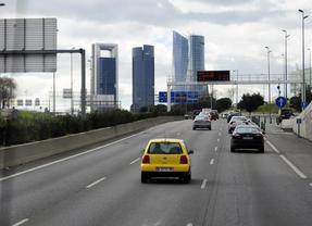 Las carreteras madrileñas permanecen despejadas a media tarde
