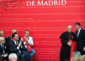 La Comunidad condecora a Rouco Varela y al Museo del Prado