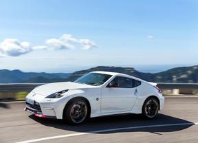 Nissan 370Z, más equipado y mejor precio