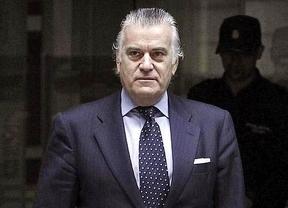 Luis Bárcenas sale de la Audiencia Nacional
