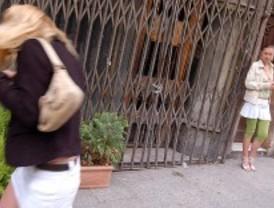 Desarticulados dos grupos de prostitución rivales en Alcalá de Henares