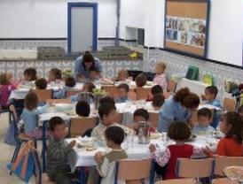 Los padres pagarán una media de 92 euros al mes para que sus hijos coman en el colegio
