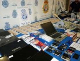 Detenidos 16 brasileños acusados de estafa