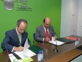 Boadilla y el Santander renuevan el convenio de colaboración de emergencias