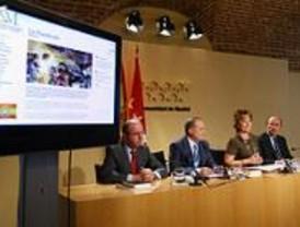 Aguirre presenta la web y el logo de la Fundación Dos de Mayo