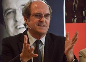 Gabilondo presenta sus propuestas LGTB y contra el racismo