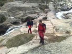 La Guardia Civil rescata a dos excursionistas en Navacerrada