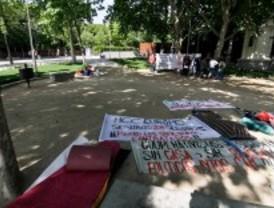 Los cooperativistas del sureste acampan en Atocha para exigir la construcción de sus pisos
