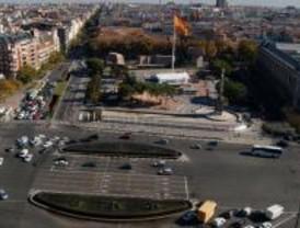La obra que devolverá a Colón al centro de la plaza comenzará en abril