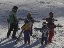 El ayuntamiento de Madrid ofrece cursos de esquí y snow a principios de 2012