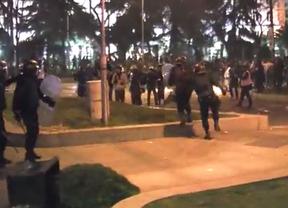 Un grupo de antidisturbios en el paseo de Recoletos