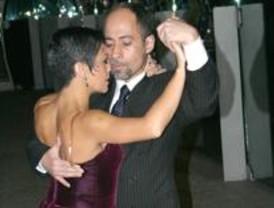 Tango en el metro con 'Nélida y Jorge'