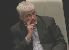 Ángel Lara dimite como concejal de IU