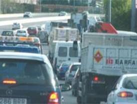 Atascos de entrada a Madrid, esta vez sin camiones