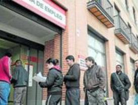 El paro en Alcorcón se sitúa siete puntos por debajo de la cifra de la Comunidad