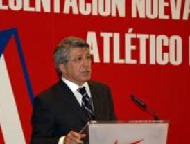 Cerezo anuncia la firma 'de aquí a 20 días' para el traslado definitivo del Calderón
