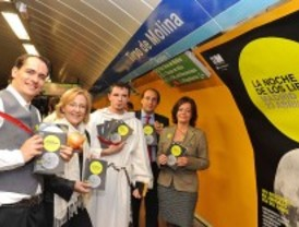 Dramaturgos al Metro por la Noche de los Libros