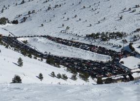Primer fin de semana con nieve: ya se puede esquiar en Madrid