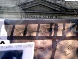 IU pide a Cifuentes que archive dos sanciones a un ciudadano por concentrarse a favor de Garzón