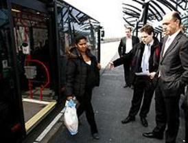 Los metrobuses tendrán motores ecológicos y serán accesibles