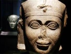 La exposición 'Tesoros Sumergidos de Egipto' echa el cierre este miércoles