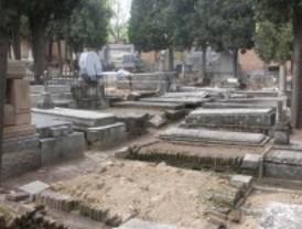 Denuncian el abandono del cementerio civil