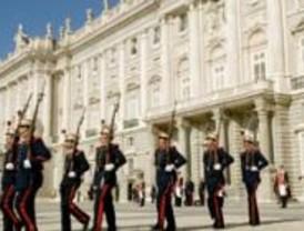 Primer relevo solemne de Guardia 2008 en el Palacio Real