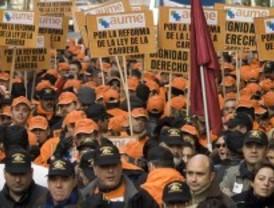 Los militares protestan para impedir que siga