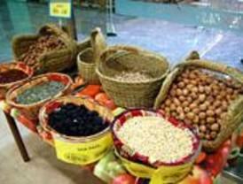 El Mercado de Ventas recibe el distintivo de colaborador de Agricultura Ecológica