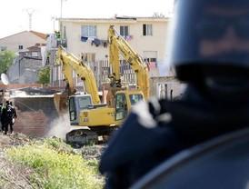Veinte familias se quedan sin casa por los derribos en Cañada Real