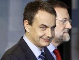 Zapatero y Rajoy hablan más de futuro