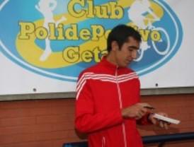 Arturo Casado abre la escuela de atletismo de Getafe