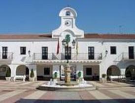 IU critica la cesión gratuita de un solar de Villanueva al Arzobispado