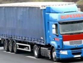 Madrid ayudará con 500.000 euros a los transportistas