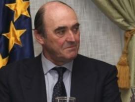 El Gobierno limita el sueldo de los directivos de los bancos ayudados