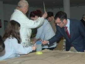 Un colegio de Parla se suma al proyecto de arte como terapia