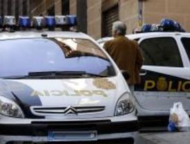 La Policía detiene a dos ladrones de joyas tras una persecución en Arenal