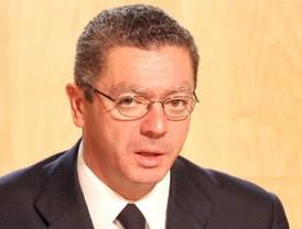 Ruiz-Gallardón gana el pulso a Jiménez Losantos