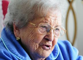 Mujer trabajadora: 90 años de experiencia