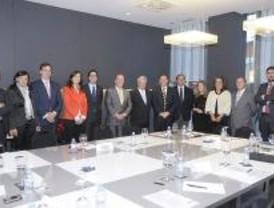 Reunión del alcalde de Pozuelo con los empresarios