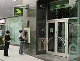 Caja Madrid renovará 1.250 empleos y creará horarios